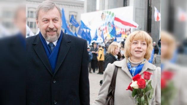 Buscan tutor para el hijo de los opositores bielorrusos detenidos