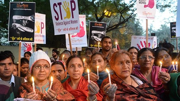 """Política india: """"Las mujeres son responsables de los abusos sexuales"""""""