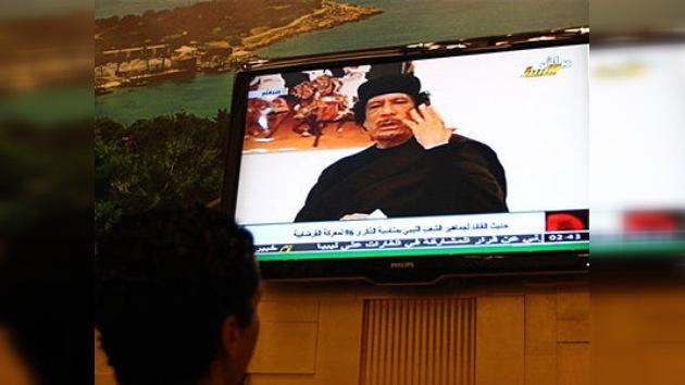 Gaddafi reclama negociaciones a la OTAN para acordar un alto el fuego bilateral