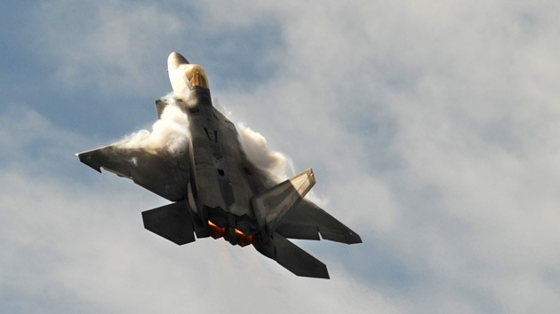Misterio aéreo: el F-22 Raptor asfixia a sus pilotos