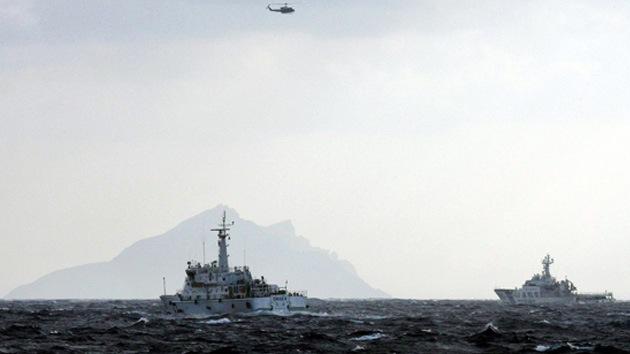 El Ejército chino 'se enfrenta' a Japón por las islas en disputa