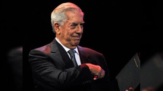 Madrid intentará convencer a Mario Vargas Llosa para que dirija el Instituto Cervantes