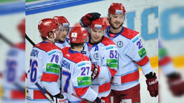 KHL: CSKA se impone en el clásico capitalino y entierra su mala racha