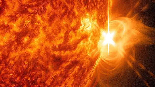 Una fuerte erupción solar interfiere las comunicaciones en la Tierra