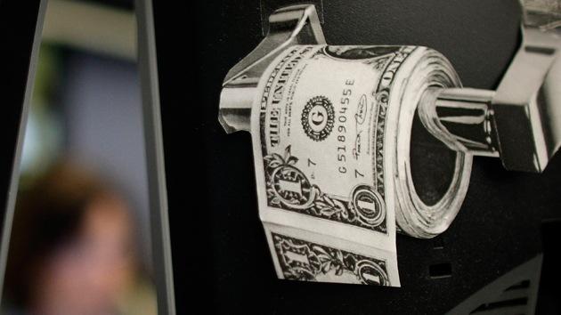 """Exsubsecretario del Tesoro de EE.UU.: """"Los días del dólar están contados"""""""