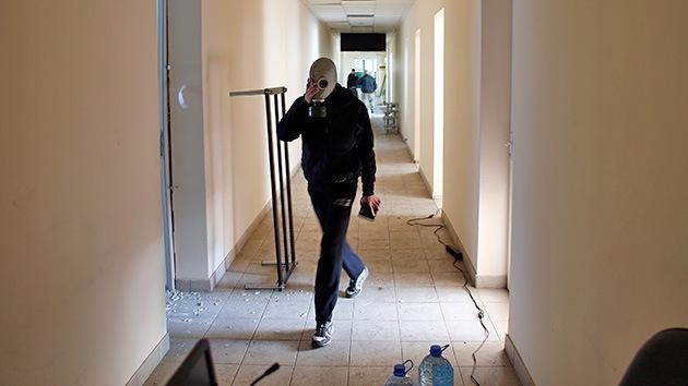 Las autodefensas acusan al Ejército ucraniano de usar armas químicas