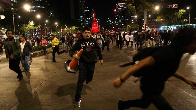 Bloquean avenida central en Ciudad de México para exigir que liberen a los detenidos