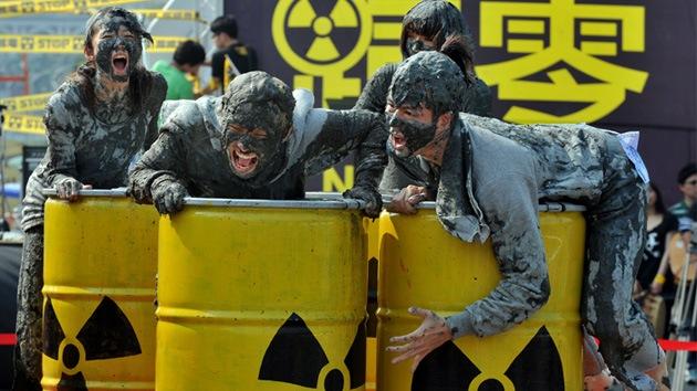 Fotos: Activistas antinucleares exigen fin de la energía atómica recordando Fukushima