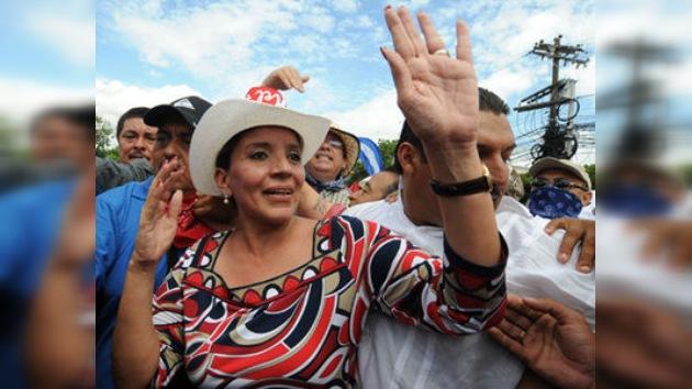 La esposa de Manuel Zelaya aspira a la presidencia en Honduras