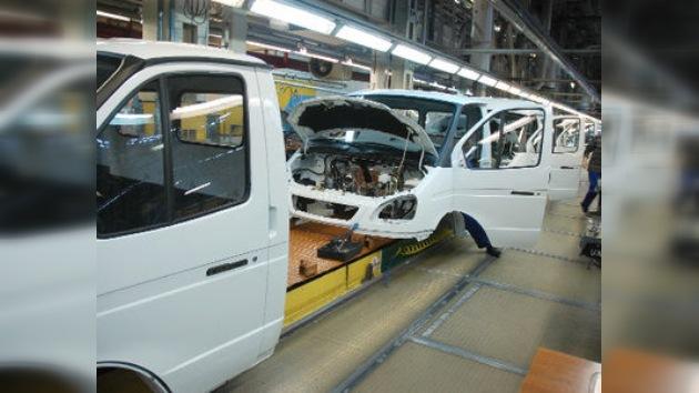 La producción de automóviles en Rusia se ha duplicado en 2010