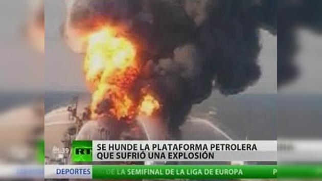 Una plataforma petrolera se hunde en el Golfo de México tras una explosión
