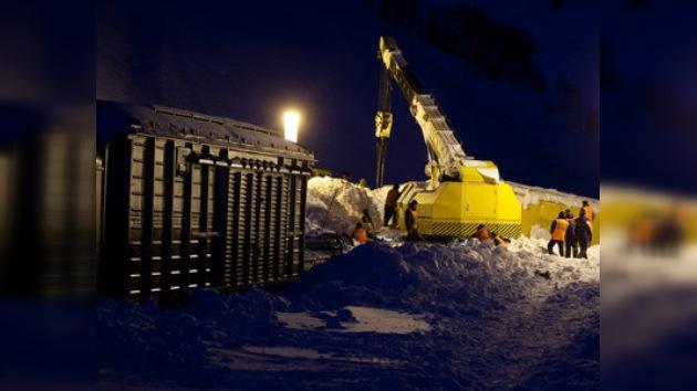 Rescatado de la nieve sin vida un trabajador en la isla de Sajalín