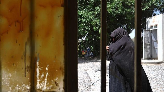 Afganistán: fusilan en público a una mujer acusada de adulterio