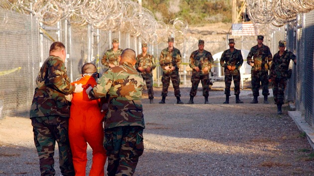 EE.UU. libera a un argelino que pasó 12 años en Guantánamo sin que se le imputara ningún cargo