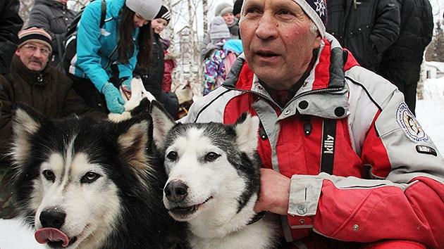 Una expedición de huskies siberianos abre una nueva ruta de carreras en el norte ruso