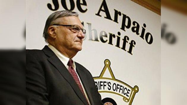 El sheriff de Arizona cuestiona la veracidad del acta de nacimiento de Obama