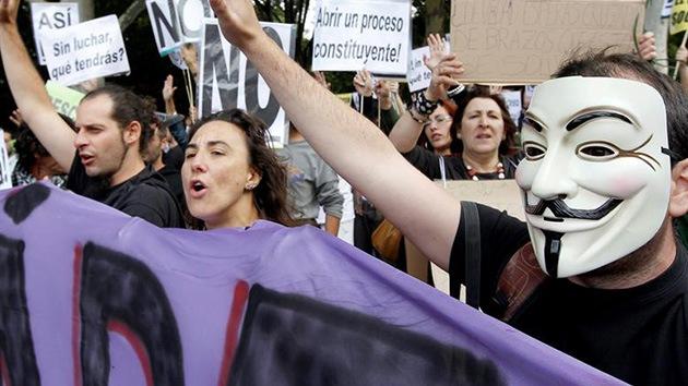 La indignación española reta al Gobierno con la acción Rodea el Congreso