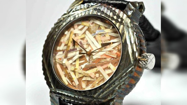 'Adiós euro', el nombre de un reloj que no confía en la moneda única