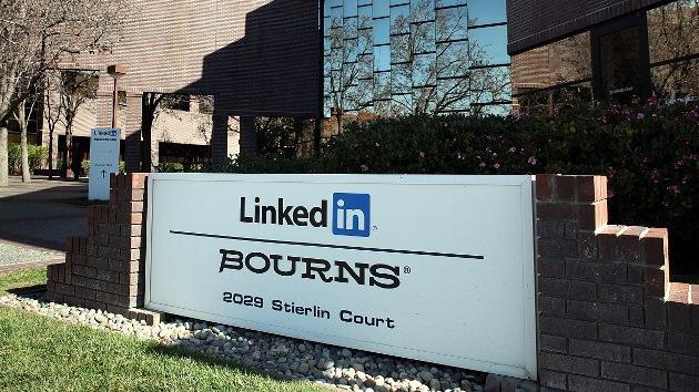 Varios usuarios demandan a LinkedIn por 'hackear' sus cuentas de correo
