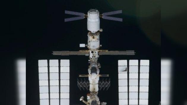 El carguero espacial europeo ATV-2 abandona la EEI