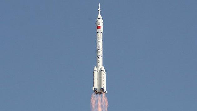 China ensaya una nave espacial robótica 'asesina' de satélites