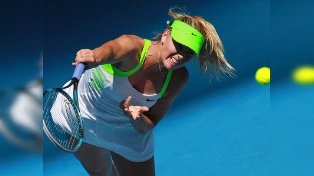 Sharápova y Zvonariova arrancan con buen pie en el Abierto de Australia