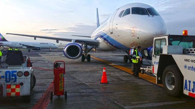 El ruso Superjet 100 recorre el cielo de México en sus primeros vuelos comerciales