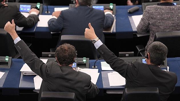 """Mister """"sí"""", el diputado del parlamento Europeo, que nunca vota en contra"""