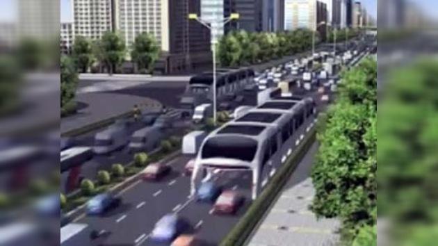 """Presentan en China un """"autobús tridimensional"""""""