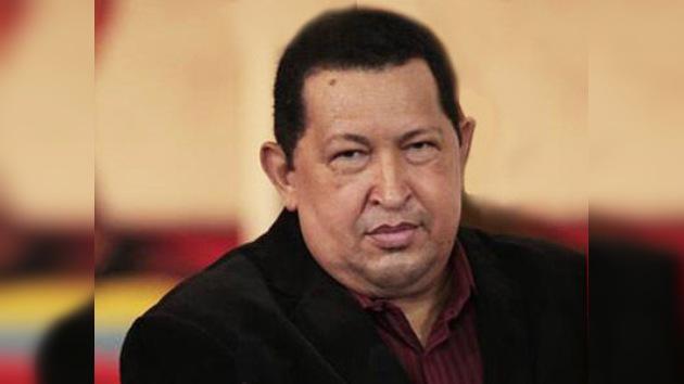 Chávez suplica un 'milagro' a Cristo en su lucha contra el cáncer y regresa a Cuba