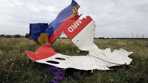 El extraño silencio sobre el MH17: Expertos tienen dudas sobre investigación del siniestro
