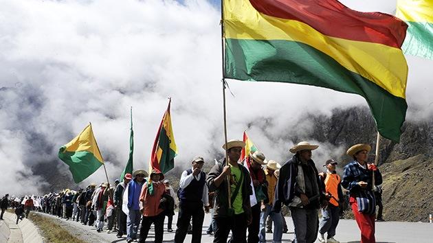 Bolivianos convocan protestas contra Francia y EE.UU. tras el aterrizaje de Morales en Viena