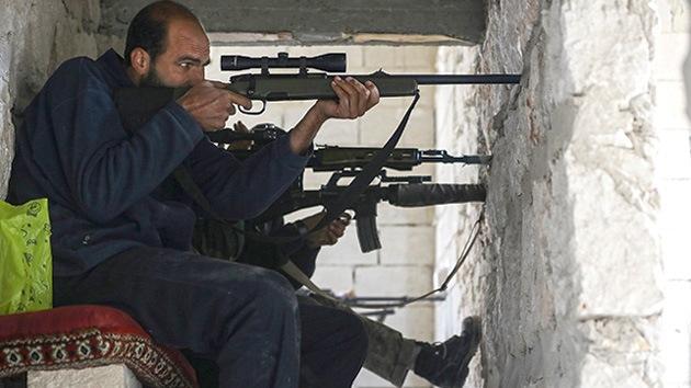 """Reino Unido anuncia su disposición a armar a la oposición siria para """"terminar el asunto"""""""