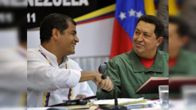 Chávez y Correa firman importantes acuerdos y avanzan en un modelo de complementariedad