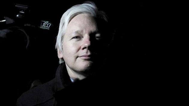 """Assange: """"El servicio secreto británico tachó de 'montaje' mi extradición"""""""