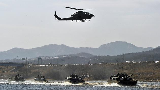 Seúl emprende ejercicios militares a gran escala en la frontera con Corea del Norte