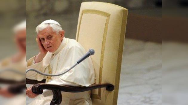 Funcionario del Vaticano denuncia corrupción en la Santa Sede