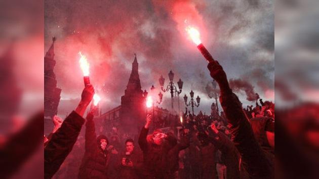 Hinchas de fútbol protestan en Moscú por asesinato de un joven