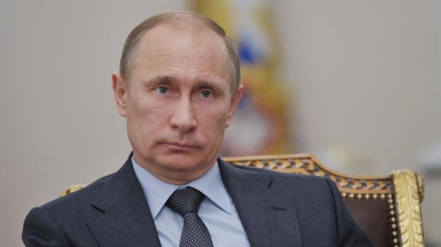 Vladímir Putin sanciona la ley que prohíbe la adopción de niños rusos a estadounidenses
