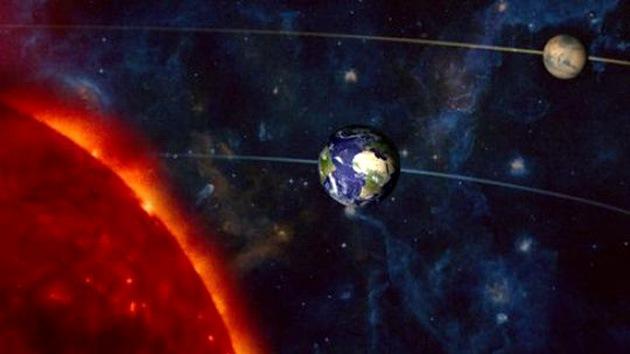 Marte se alinea hoy con la Tierra y lucirá gigante en el cielo