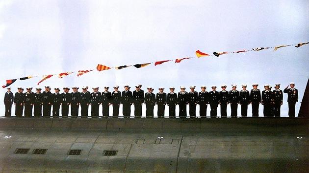 Rusia conmemora a la tripulación del submarino siniestrado 'Kursk'