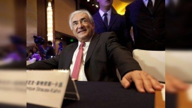 Dama de compañía belga denuncia maltratos por parte de Strauss-Kahn