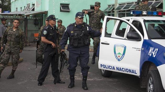 600 hondureños intentan quemar vivo a un supuesto violador que ya estaba detenido