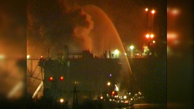 Extinguen el incendio del submarino 'Ekaterimburgo'