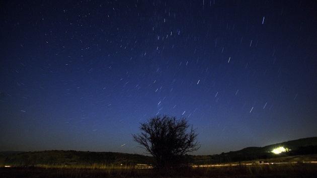 Astrónomo: La lluvia de meteoros de este viernes puede convertirse en tormenta astral