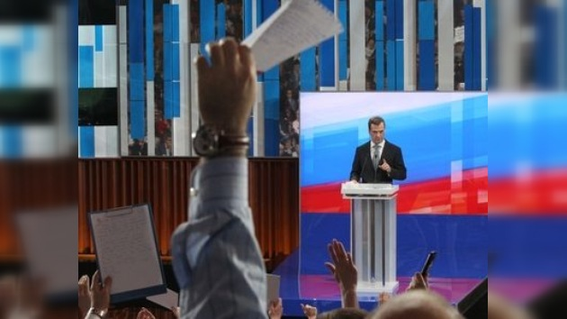 Medvédev dio la rueda de prensa más numerosa desde el inicio de su mandato