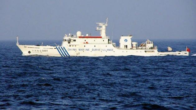 Barcos chinos vuelven a entrar en aguas de las Senkaku, en disputa con Japón