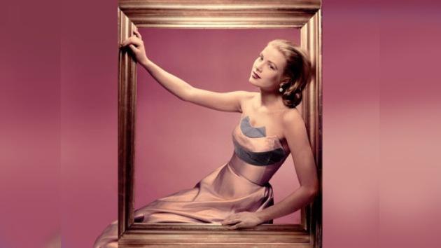 Londres glorifica el vestuario de Grace Kelly