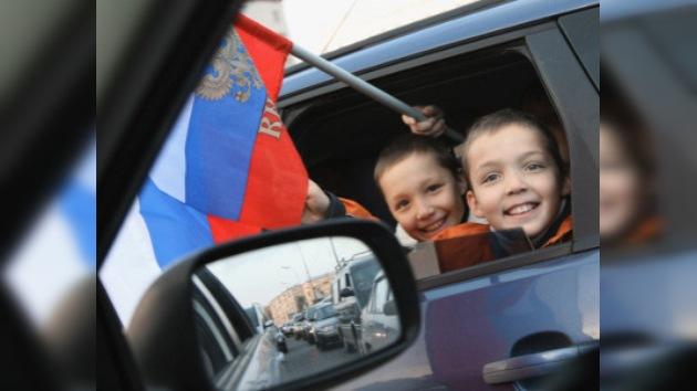 Para mayoría de los rusos ser patriota significa amar a  familia