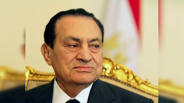 Fiscalía egipcia ordenó detención de Mubarak y sus hijos